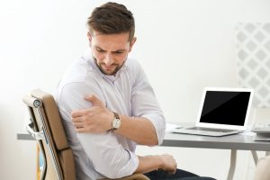 shoulder care advice fro our stoke on trent chiropractor